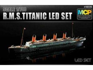 Academy Titanic 1/700 Scale With LED Set